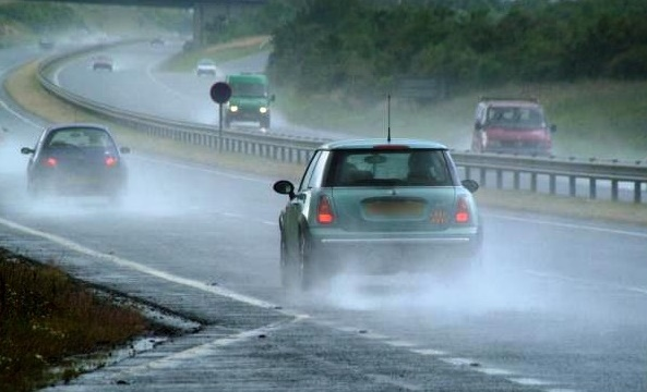 Researchers working on road wetness detection from audio to enhance car safety