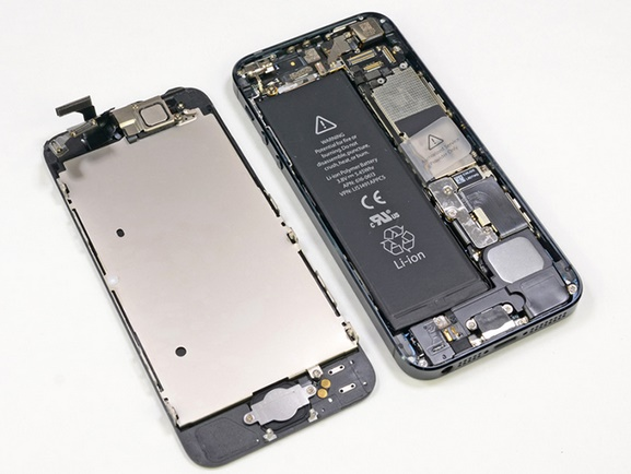 Apple launches iPhone 5 battery Replacement Program