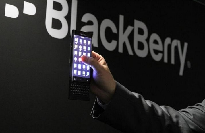 Android-powered BlackBerry Venice slider headed to AT&T