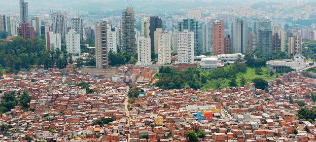 Microsoft and Google to expand market in Favelas