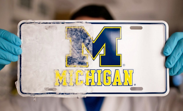 University of Michigan develops icephobic material for car windshields and more