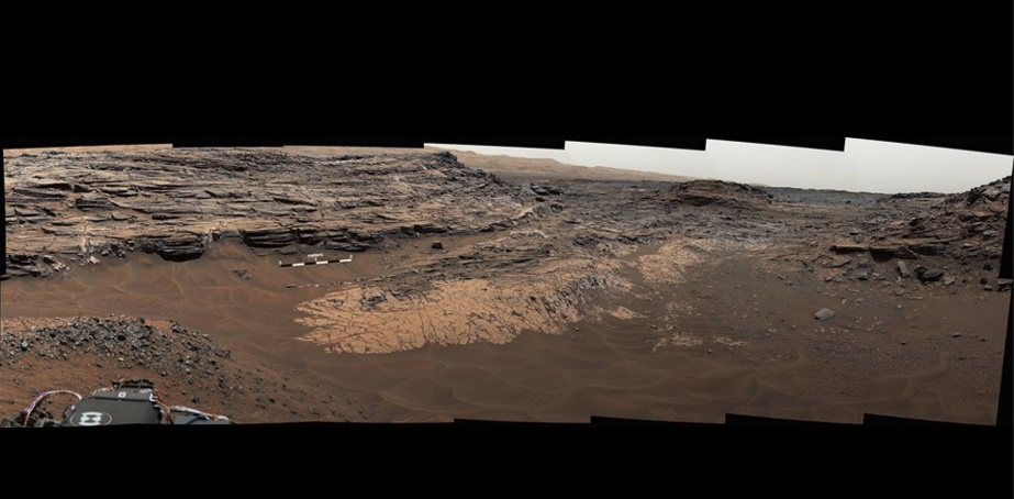 Rocks rich in silica in mars