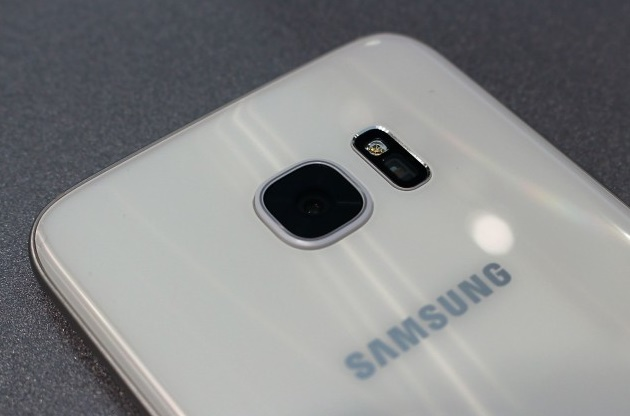 Samsung rumored to incorporate dual-camera system in Galaxy S8