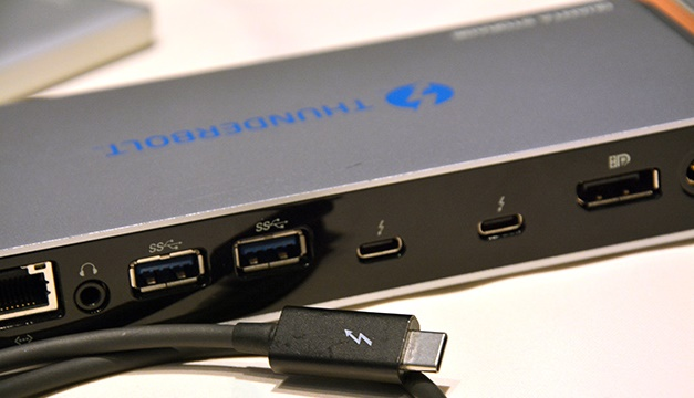 Thunderbolt 3 Reversible USB- C port twice as faster