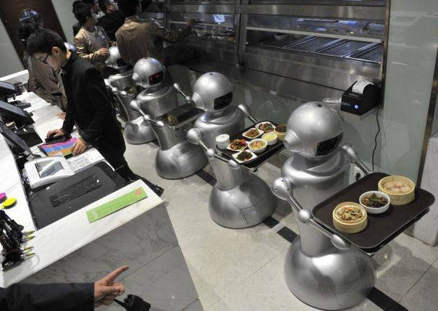 Wall.E Restaurant in China employing Robots to serve customers