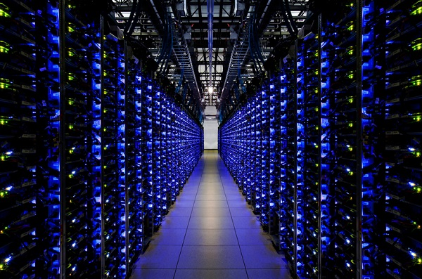 Lightning struck at Google Data center: Permanent Loss of 0.000001% of User Data
