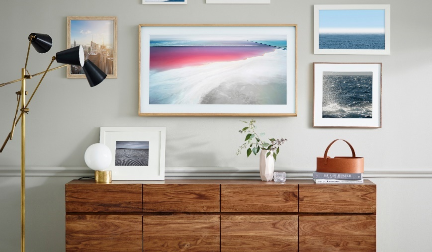 Samsung's new TV The Frame: Camouflaged as art piece