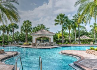 Check Out The Best Apps for Pool Owners