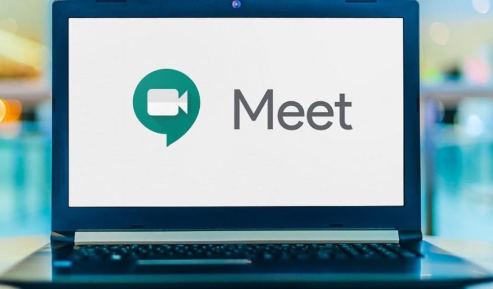 Zoom v/s Microsoft Teams v/s Google Meet v/s Skype
