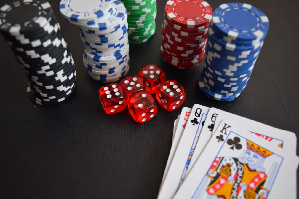 Google To Allow Gambling Apps In Play Store With Limitations